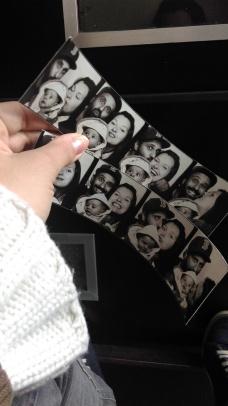 photobox. pics.
